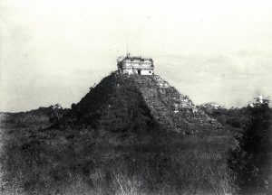 The History of Chichen Itza