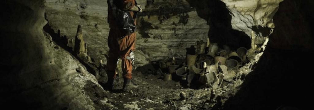 Balamkú Cave size