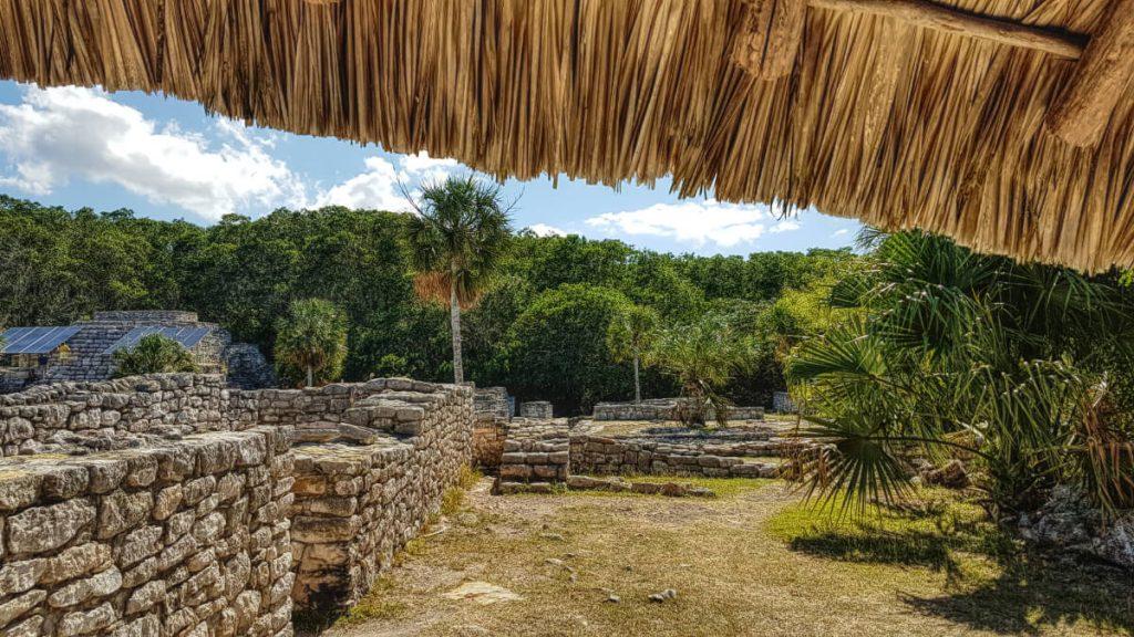 Zonas Habitacionales en Xcambo desde la capilla